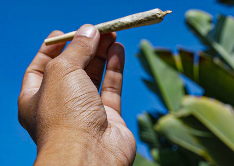 Holding a joint