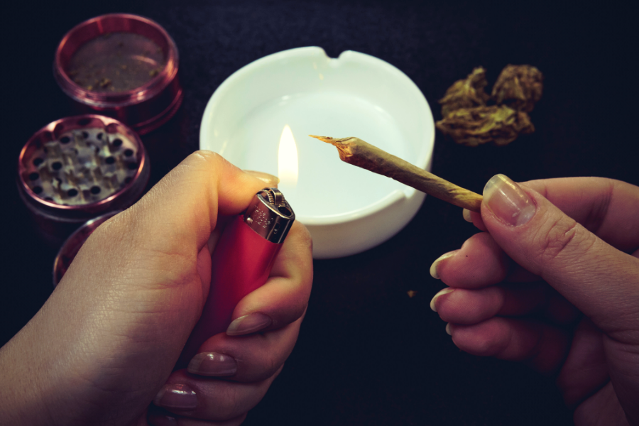 Consume Cannabis Safely and Responsibly With These 5 Tips